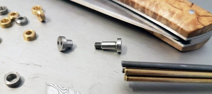 Accessoires de montage pour couteau