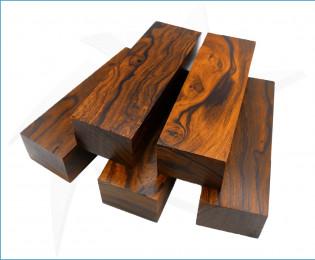 Blocs de bois de fer naturel