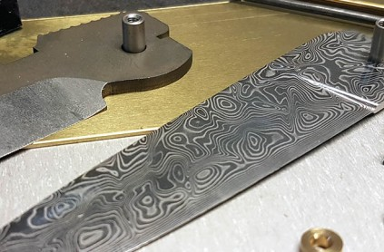 Advice on how to start making knives: choosing the steel, heat treatment and accessories